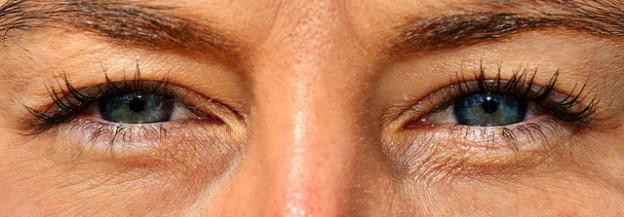 eyes-2843139_640