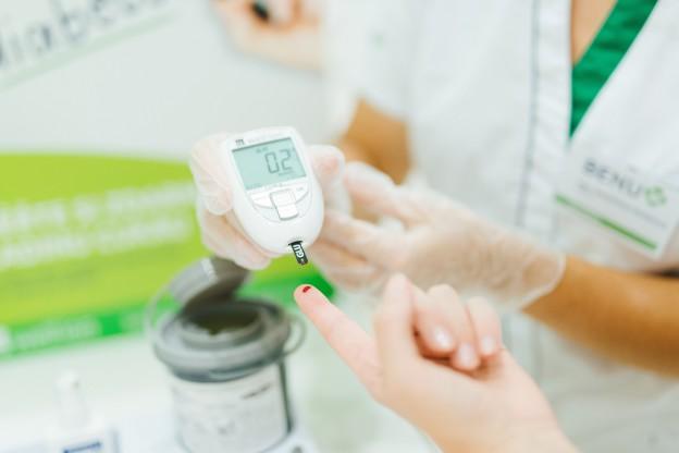 Screening diabetu provádí vyškolení lékárníci v BENU Lékárnách_malá